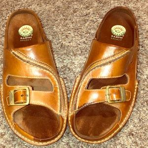 Brown Leather Earth Balance Buckle Top Sandals